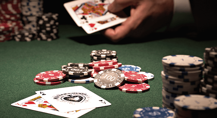 Azuolyno-klinika-straipsniai-pokeris-min